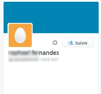 Qui aurait envie de suivre une tête d'œuf sans biographie ?